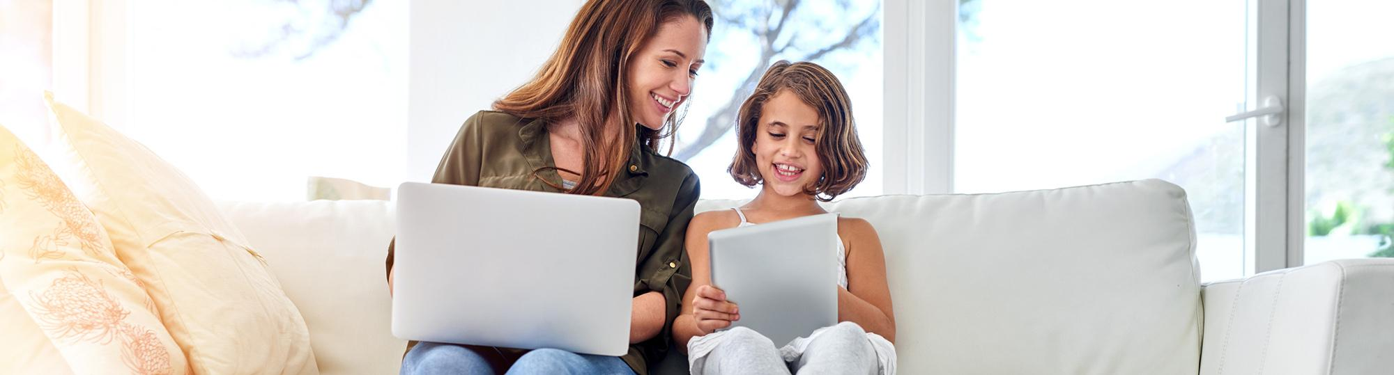 verizon fios deal hero mother daughter on tablet and latptop